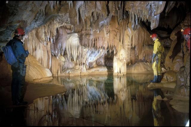 grotte de lauzinas